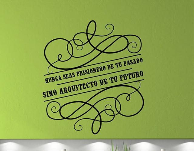 decorar las paredes con pegatinas con palabras y frases